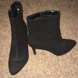 Shoes - Fioni Black Ankle Booties